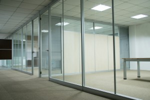 photo_aluminum-frame-office-demountable-glass-partitions