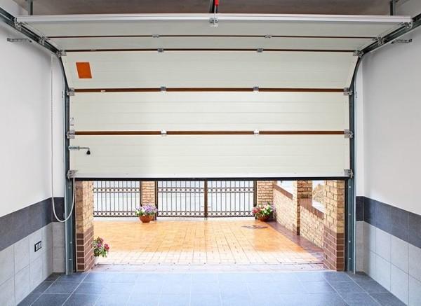Секционные гаражные ворота своими руками