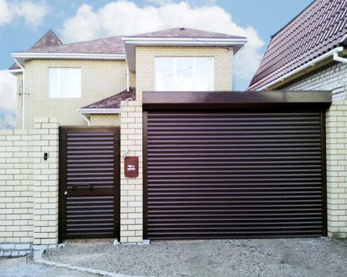 Рольставни для гаража темно-коричневые