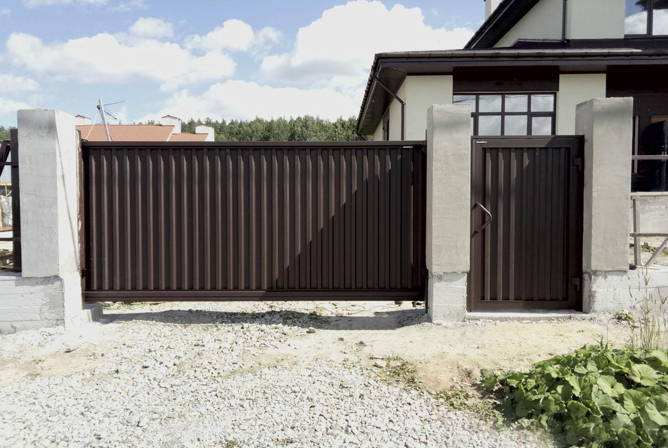 Ремонт откатных ворот коричневых