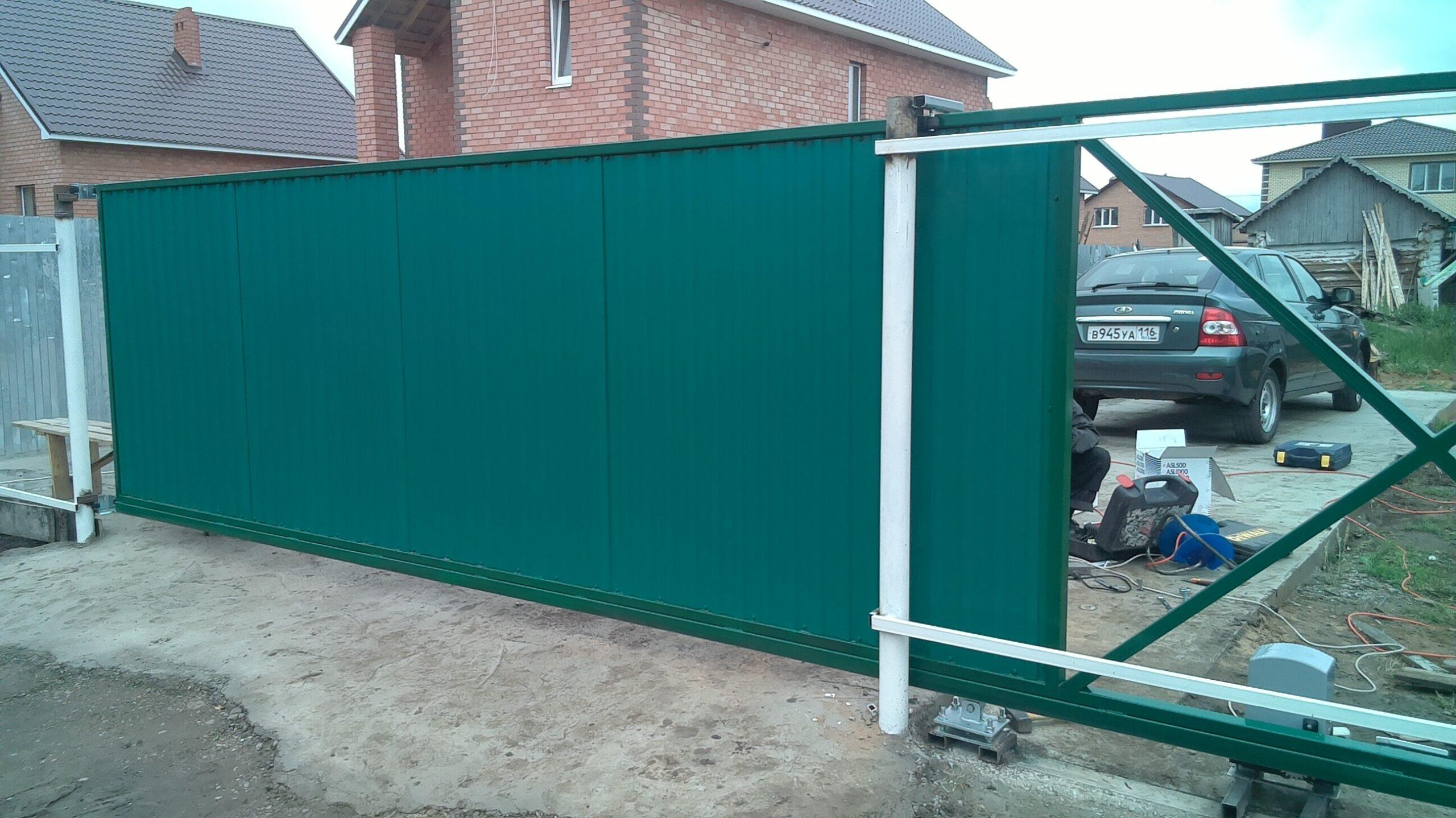 Ремонт откатных ворот зеленых