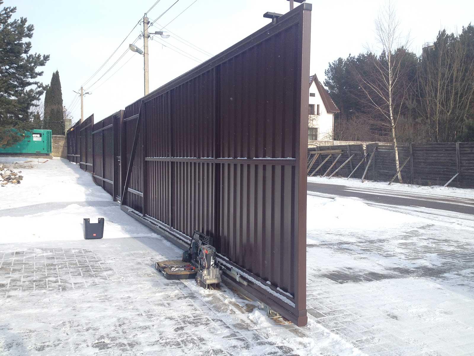 Ремонт коричневых ворот откатных