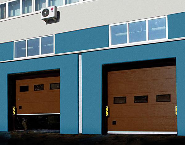 Коричневые ворота Алютех для промышленных построек