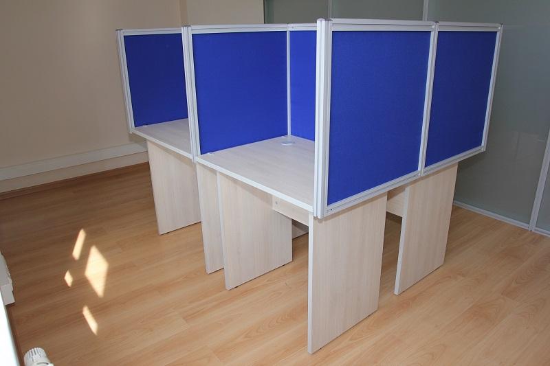 Высокие перегородки для офиса с алюминиевым каркасом