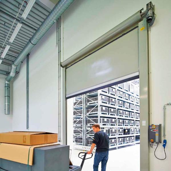 Скоростные ворота для склада