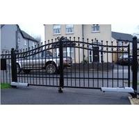 Распашные ворота с приводом FAAC для проезда во двор