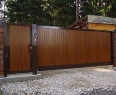 Откатные ворота с приводом DoorHan для дачного участка