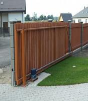 Раздвижные ворота с приводом Doorhan для частного дома
