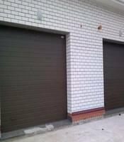 Гаражные ворота секционные с приводом Doorhan