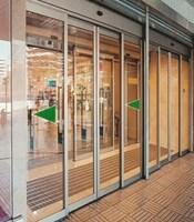 Раздвижные двери с приводом FAAC для магазина